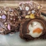 Easter Chocolate Egg Recipe - Easy chocolate egg recipe that is perfect for Easter! These Easter Chocolate Eggs really are gorgeous | AmateurChef.co.uk
