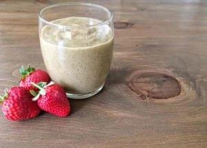 Kale and Strawberry Smoothie - Tasty yet healthy smoothie recipe   AmateurChef.co.uk