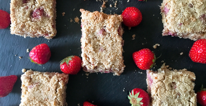 Strawberry And Apple Oat Bar Recipe